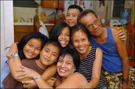 Filipino Family Bond